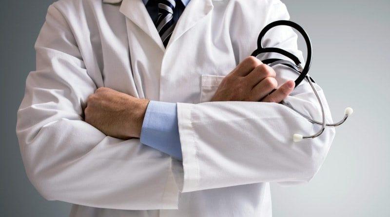 Какой доктор лечит геморрой