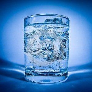 Как действует при геморрое холодная вода