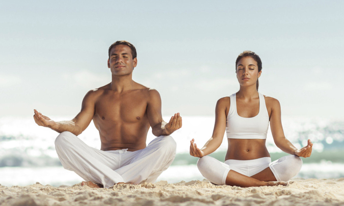 8 эффективных упражнений йоги от геморроя