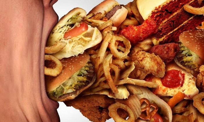 Геморроидальные шишки появляются из-за употребляя высококалорийной пищи