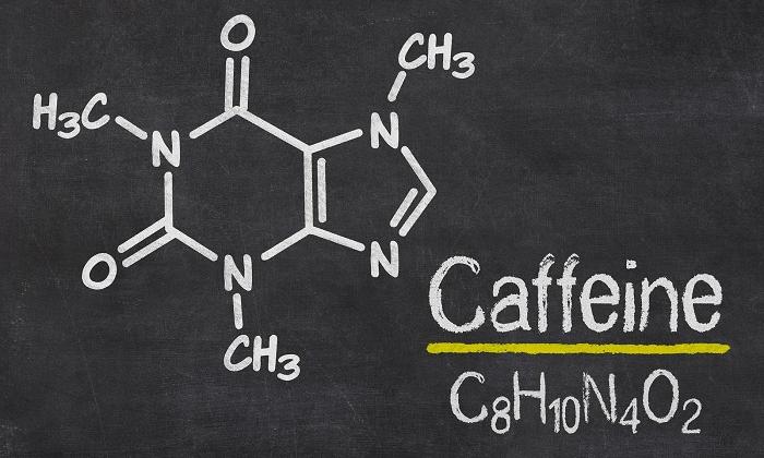 Активное вещество в кофе - это кофеин, который принадлежит к алкалоидам пуринового ряда и обладает психостимулирующими свойствами