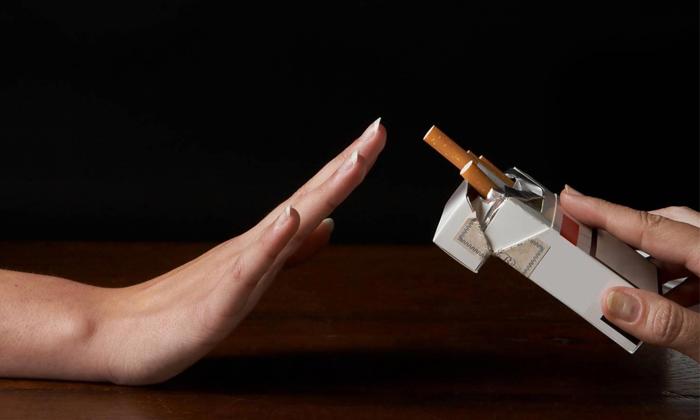 Чтобы вылечиться нужно бросить курить
