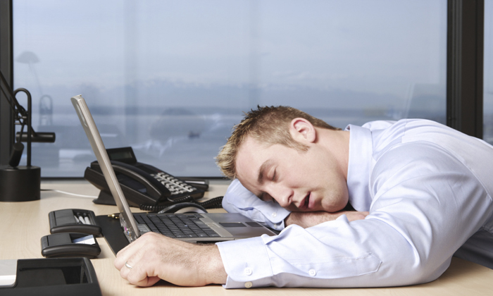 При парапроктите может появиться усталость
