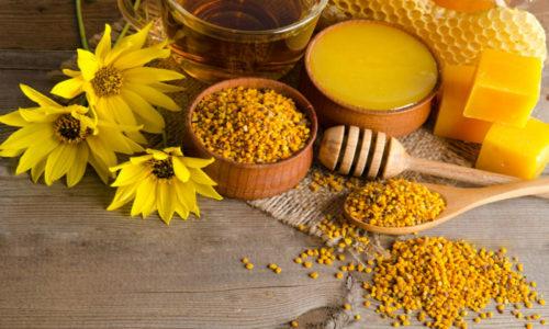 Пчелиный воск оказывает противовоспалительное и смягчающее действие, образует защитный слой, препятствующий воздействию негативных внешних факторов