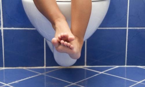 Пред тем как наносить средство на ткани заднего прохода, специалисты советуют опорожнить кишечник