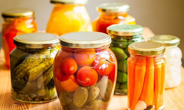 Больным болезнью Крона категорически запрещается употреблять консервированные продукты