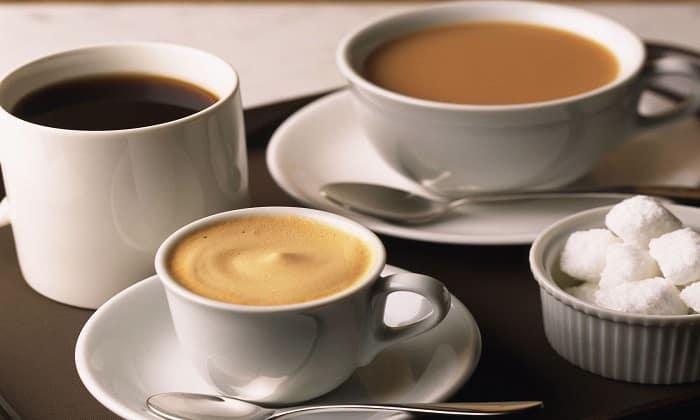 Больным болезнью Крона категорически запрещается употреблять кофе, черный чай