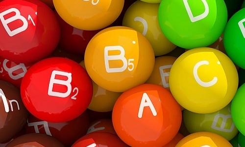 В толстом кишечнике продолжается всасывание витаминов