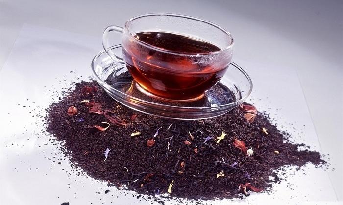 Ещё одно средство – накладка из насыщенного чёрного чая, которая поможет снять воспаление при геморрое