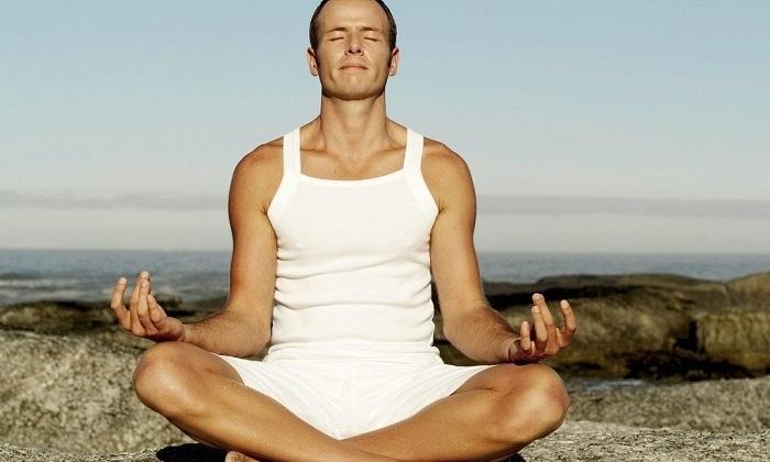 Разрешена при геморрое йога
