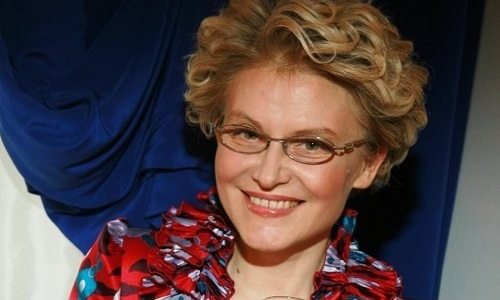 Елена Малышева, как и другие врачи, считает, что геморрой возникает из-за малоподвижного образа жизни