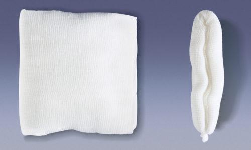 Мазь можно вводить и в прямую кишку, предварительно обильно смазав марлевый тампон лекарством