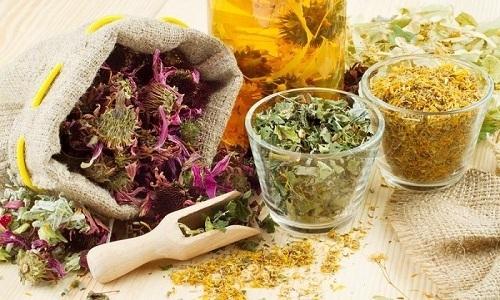 Использование народных рецептов – эффективно лишь на ранних стадиях недуга и при невыраженных болевых ощущениях
