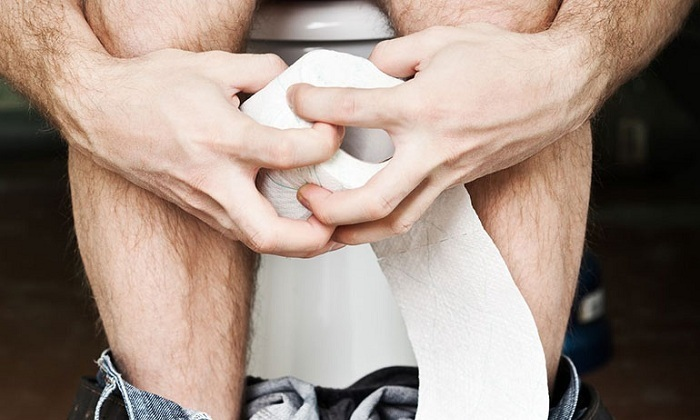 Посещение туалета при геморрое: 6 важных советов