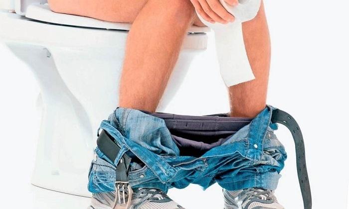 Отвар ромашки рекомендуют принимать при поносах и запорах