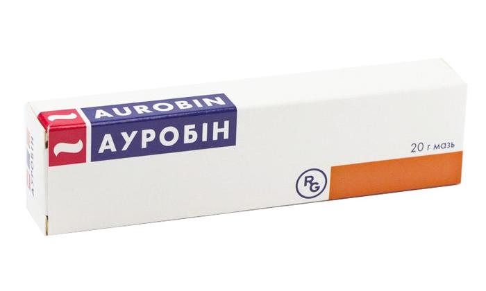 Лечить геморрой у женщин можно препаратом Ауробин
