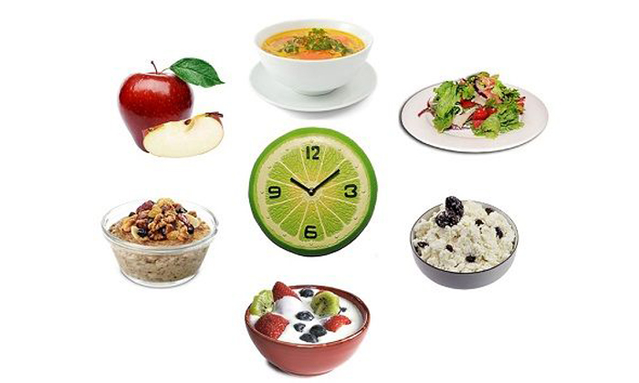 Прием пищи должен осуществляться не менее 5 раз в день небольшими порциями