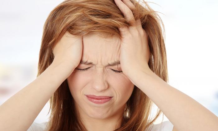 Геморрой может спровоцировать головную боль