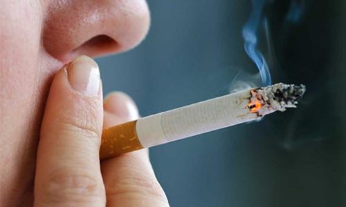 Курение при геморрое усугубляет ход болезни и способствует обострению геморроидального процесса