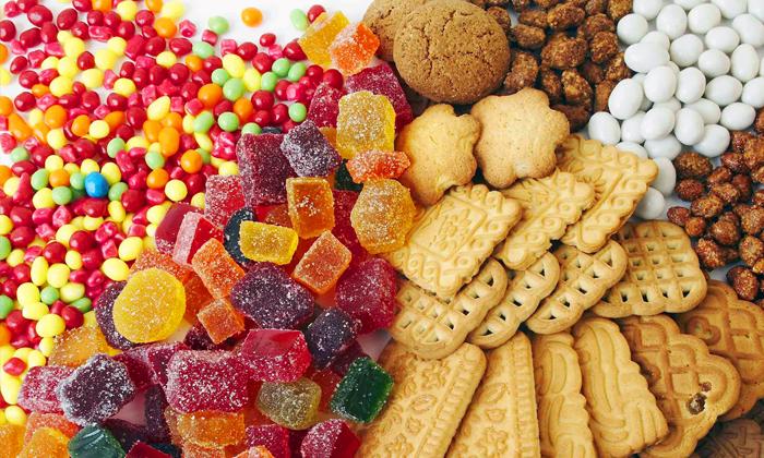 Нежелательно употребление сладостей и кондитерских изделий