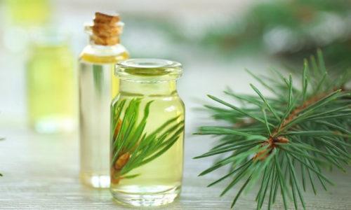 Пихтовое масло – это маслянистая желтоватая жидкость с зеленым оттенком и резким мятно-цитрусовым ароматом