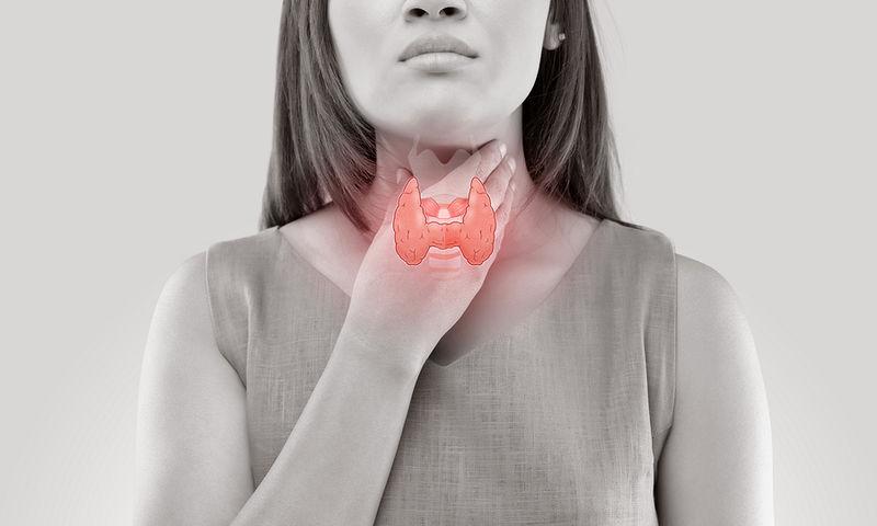 Проблемы с щитовидной железой могут спровоцировать геморрой