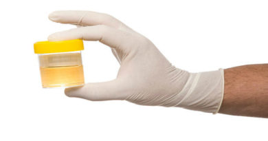 Можно ли лечить геморрой мочой: мнение специалистов и методы уринотерапии