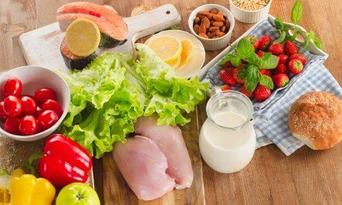 Предотвратить появление крови при геморрое без боли помогает сбалансированное питание