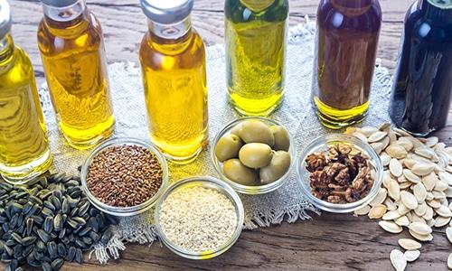 Растительные масла содержат комплекс полиненасыщенных жирных кислот, жиров и витаминов, необходимых для поддержания мужской силы