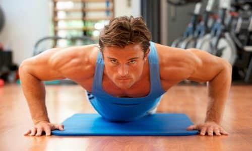 Регулярные спортивные занятия, физические нагрузки в разумных пределах способствуют поддержанию высокого уровня тестостерона в организме