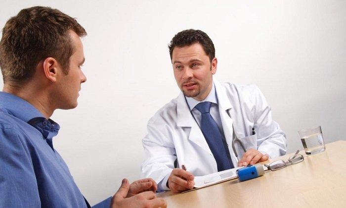 Необходимо прекратить прием препарата при возникновении перечисленных симптомов. Рекомендуется обратиться в больницу и проконсультироваться со специалистом