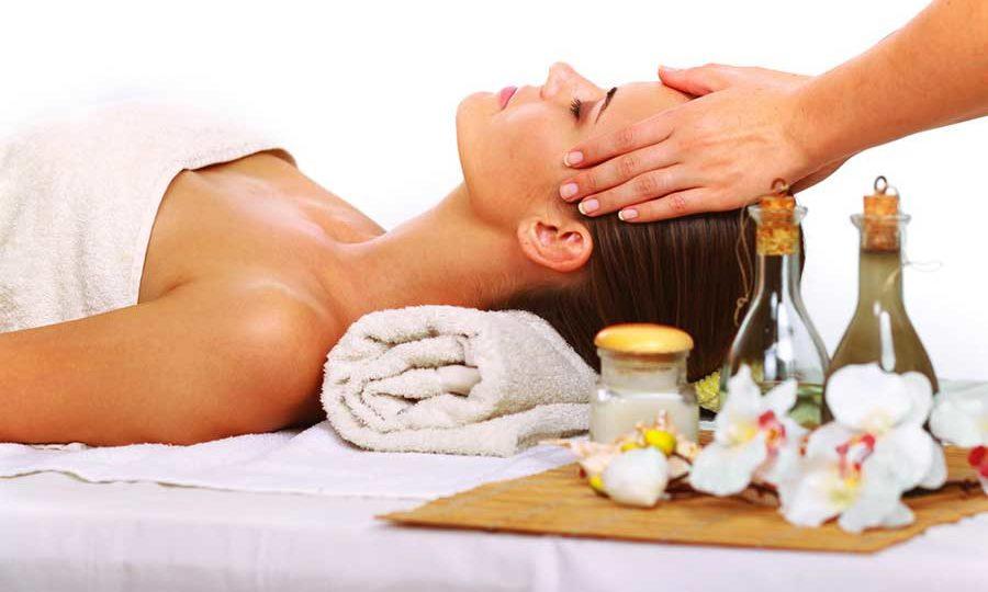 Горноалтайское масло облепихи часто применяется для улучшения состояния кожи лица и тела