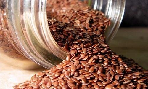 Семена льна используют для лечения геморроя
