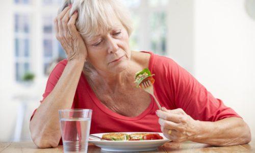 При массивных ректальных кровотечениях может снизиться аппетит