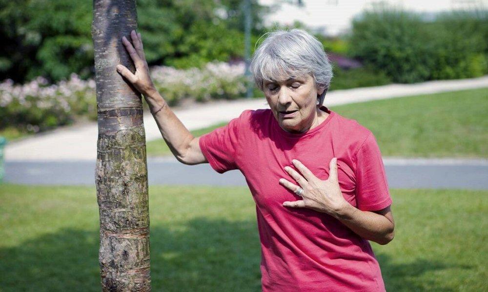 Побочным эффектом может быть одышка и угнетение дыхания