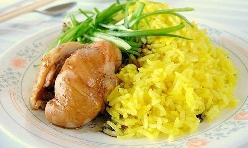 Куркуму можно добавлять при приготовлении риса