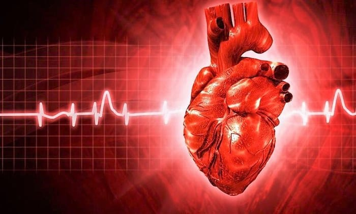 В период приема лекарства возможно проявление побочного эффекта в виде учащенного сердцебиения
