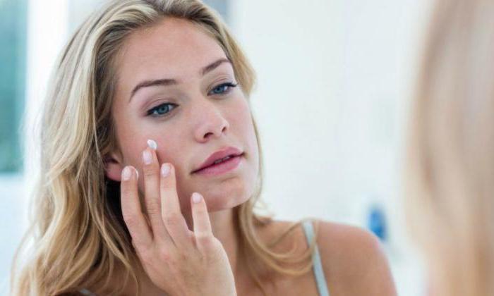 женщины используют это средство в косметологии для устранения прыщей и морщин