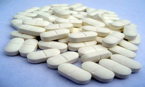 Азоловые противогрибковые средства, макролиды, нефазодон, ингибиторы ВИЧ-протеазы увеличивают уровень домперидона в крови