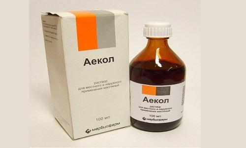Аекол представляет собой витаминный препарат, который в зависимости от проблемы используют для приема внутрь или наружно
