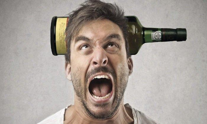Аекол не назначают при алкоголизме