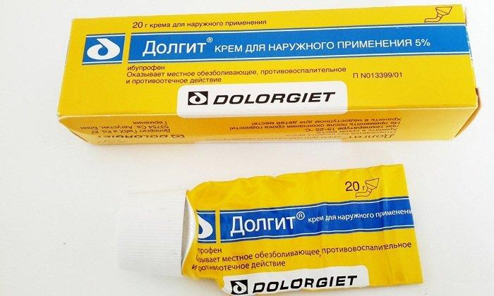 Долгит оказывает обезболивающее и противоотечное воздействие. Благодаря наличию в составе ибупрофена уменьшается агрегация тромбоцитов