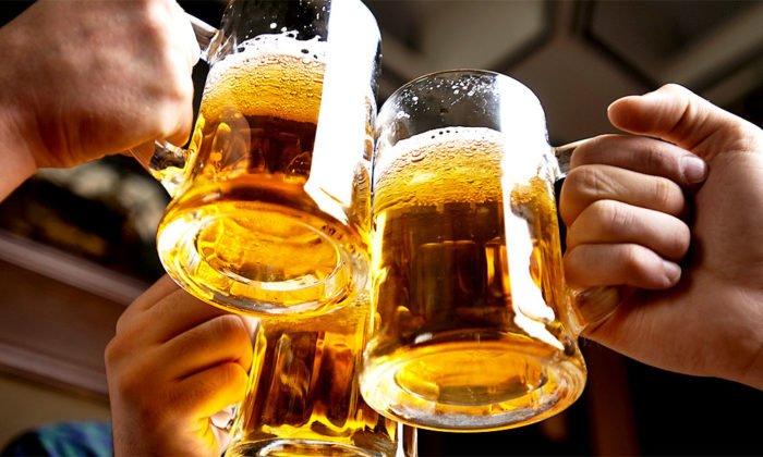 Не рекомендуется совмещать употребление спиртосодержащих напитков и БАДа