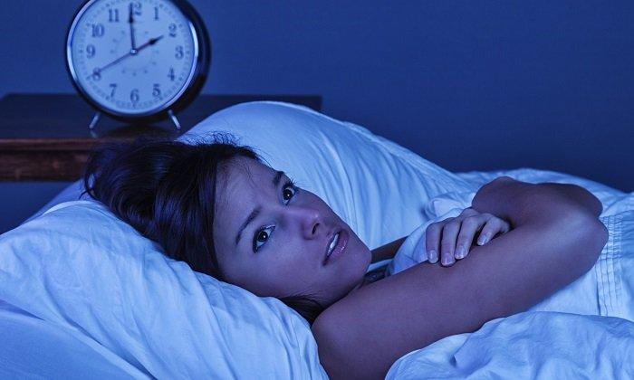 К нежелательным эффектам капель Гутталакс относится нарушение сна