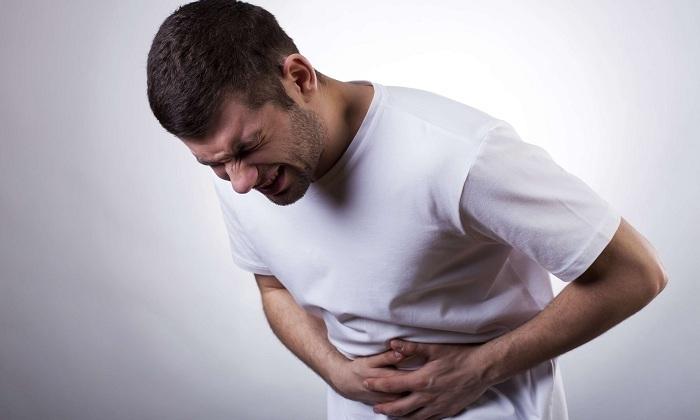 Также человек при развитии криптита может жаловаться на тяжесть в желудке
