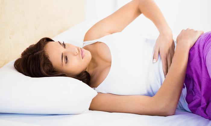 Боли в животе неизвестного происхождения являются противопоказанием к применению Фибралакс