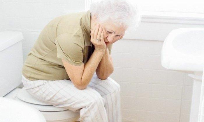Препарат показан при хронических запорах, развившихся у пациентов старшего возраста