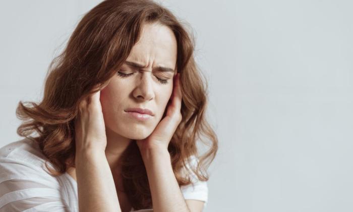 Во время лечения пациенты жалуются на боли в голове