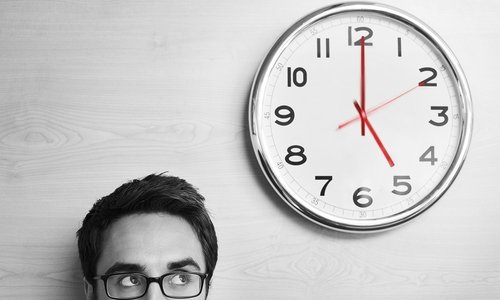 Действие слабительного средства проявляется через 6-12 часов