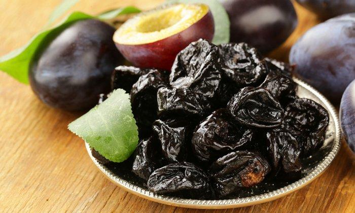 Экстракт черной сливы влияет на перистальтику кишечника